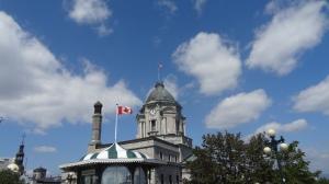 Québec dans les nuages