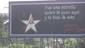 propagande devant mémorial du ché